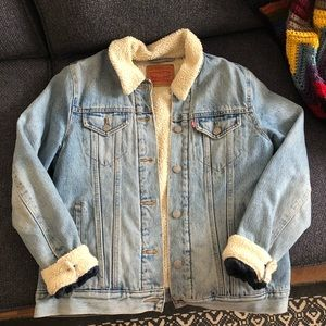 Levi's denim Sherpa lined jacket